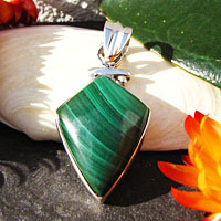 Indian 925 Silver Jewelry Pendant Malachite /1