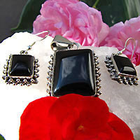 Indian Jewelry Set Silver - Onyx Earrings and Pendant