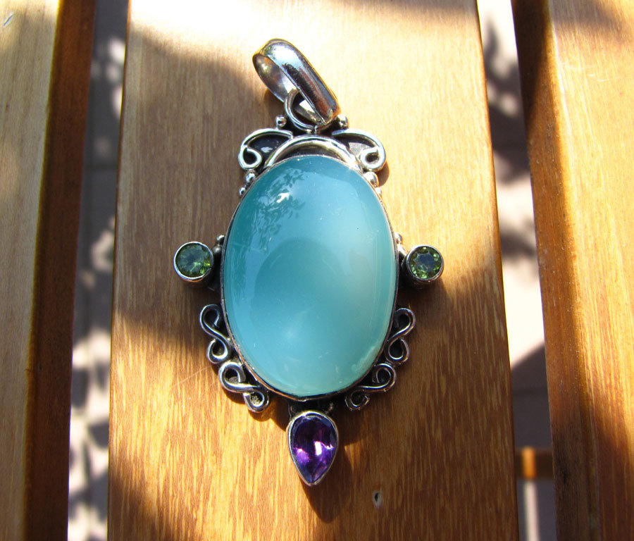 Indian Jewelry Pendant Chalcedony oval Silver - 'Jaipur/22'
