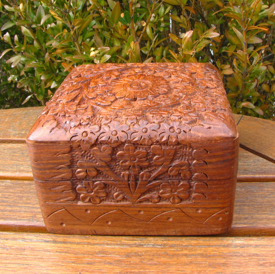 Square Jewelry Casket Box Sheesham wood with carving /4