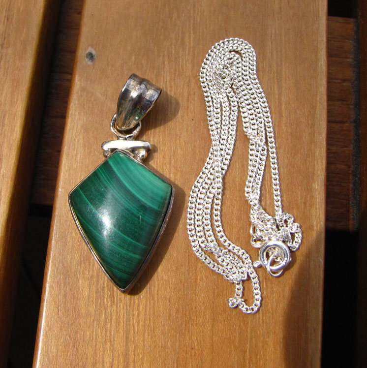 Indian Jewelry Set - Malachite Pendant with Silver Necklace/1
