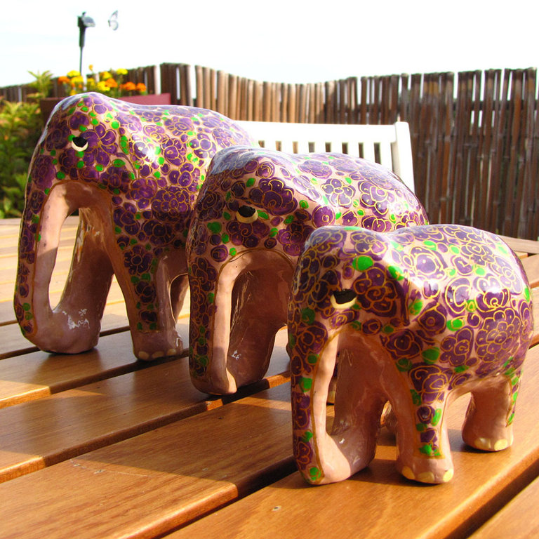 Set of 3 Handpainted colourful Indian papier-mâché Elephants painted-paper /3-4