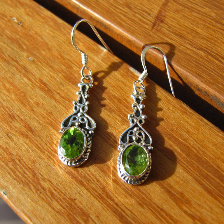 Indian Earrings Silver Jewelry with Peridot - 15-3