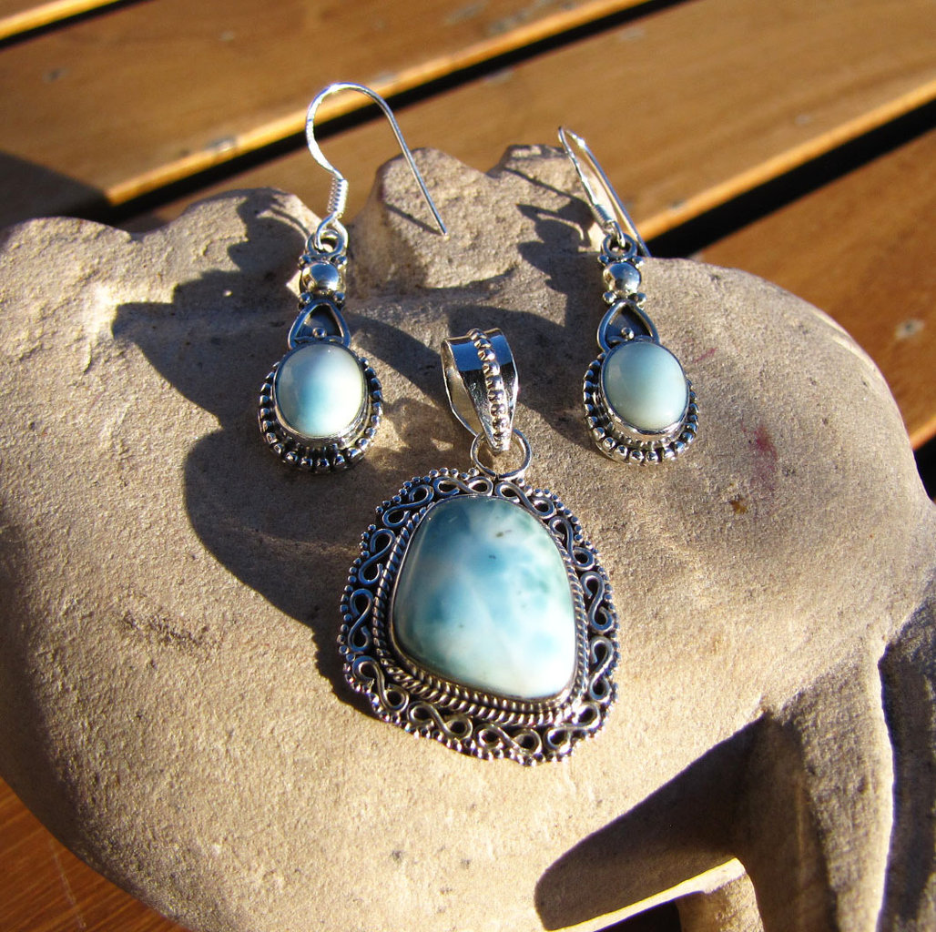 Larimar - attractive Indian Jewelry Set in 925 Silver