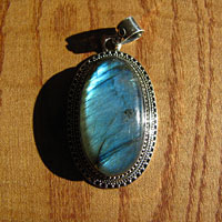 Indian Labradorite Pendant Jewelry oval Silver adorned