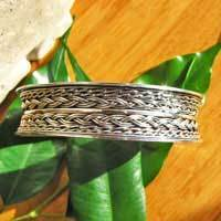 Indian 925 Sterling Silver Bangle - 'Madras/17-1'