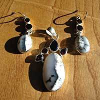 Dendritic Opal with Garnet - Premium Silver Jewelry Set 17-3
