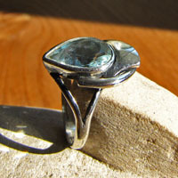 Indian Blue Topaz Ring - attractive 925 Silver Design