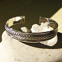 Indian Silver Bangle adorned with braid pattern - Madras/18-3