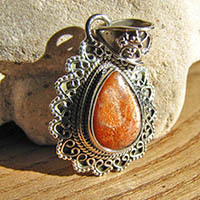 Indian sunstone silver pendant jewelry 18-1
