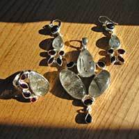Rutilated Quartz and Garnet • Silver Jewelry Set with Ring -20%