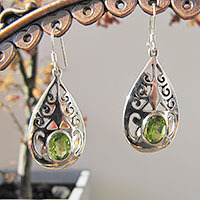 Indian Earrings Peridot Jewelry floral Silver Ornament