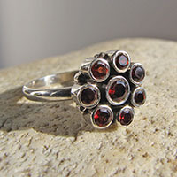 Indian 925 Silver Ring - 8 Garnet Gems in Flower Shape