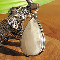 Indian Moonstone Pendant 925 Silver Jewelry