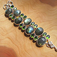 Exquisite Bracelet Peridot and Labradorite - Silver Jewelry