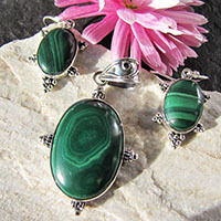 Indian Malachite Jewelry Set • 925 Silver Design
